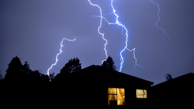 Niebezpieczne burze. IMGW może wydać alarmy