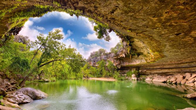 Najpiękniejsze naturalne baseny Ziemi
