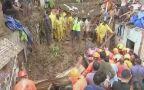 Akcja ratunkowa po zawaleniu się domów w Bombaju